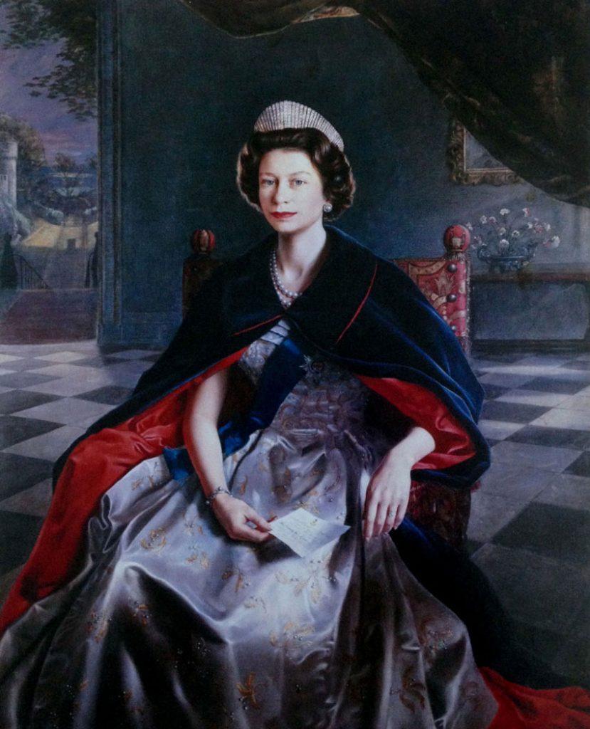 hm-queen-elizabeth